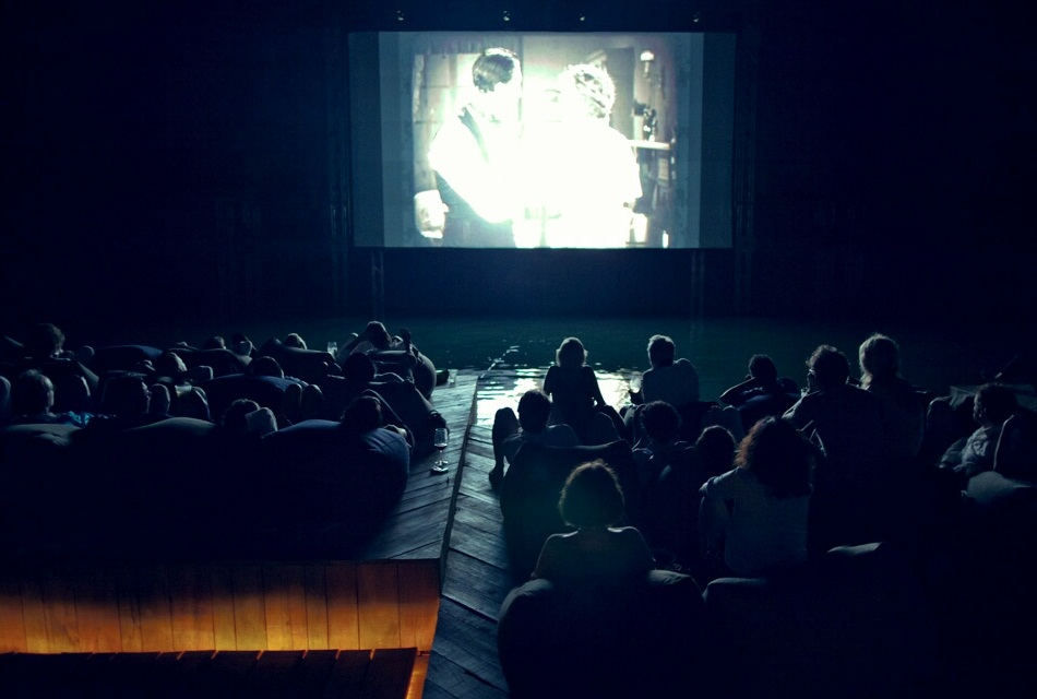Floating Cinema - Archipelago Cinema Thailand (3)