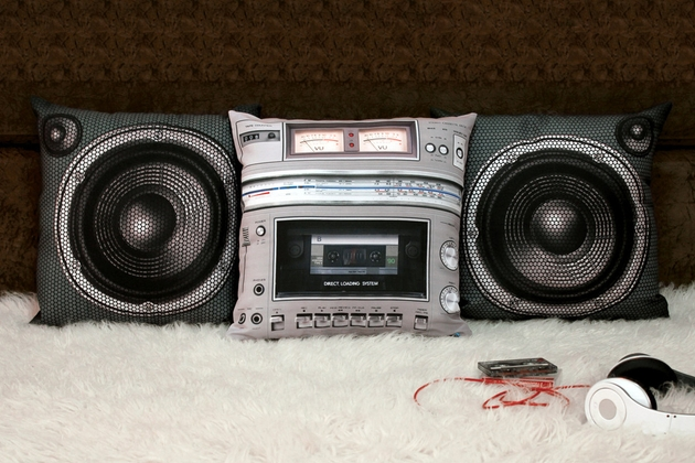 Boombox Pillow Set