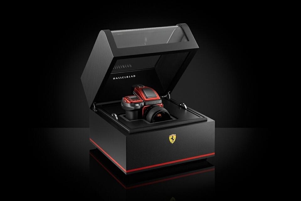 Đánh giá siêu máy ảnh Hasselblad H4D-40 Ferrari Limited Edition