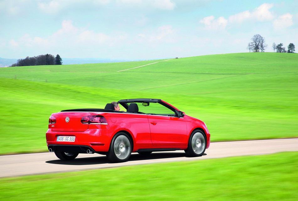 Volkswagen 2013 Golf GTI Cabriolet Convertible Car (3)