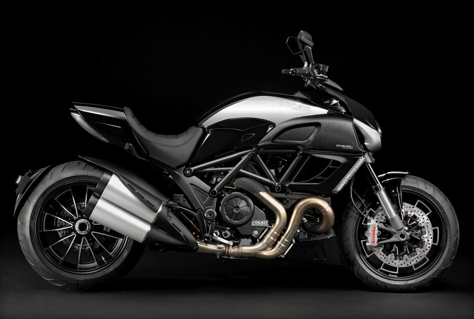 Ducati Diavel Cromo (4)