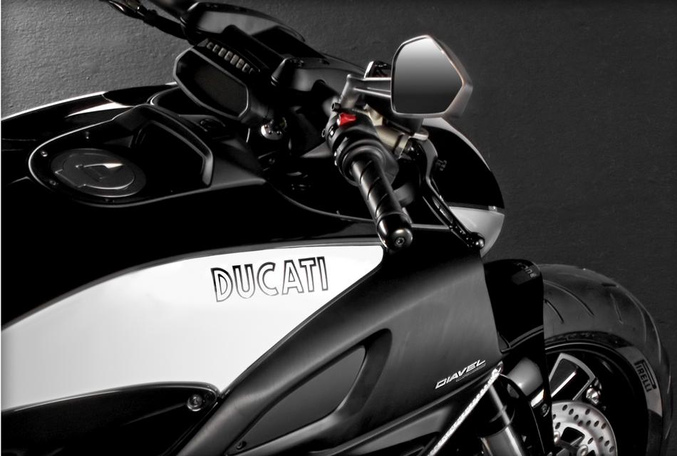 Ducati Diavel Cromo (2)