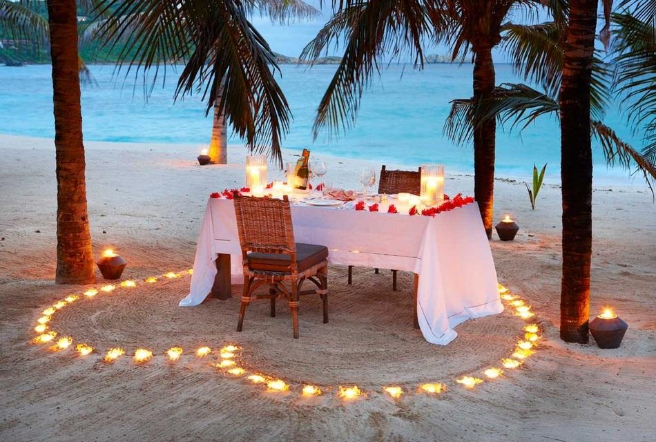 Sunrise House Macaroni Beach of Caribbean island of Mustique, West Indies (7)