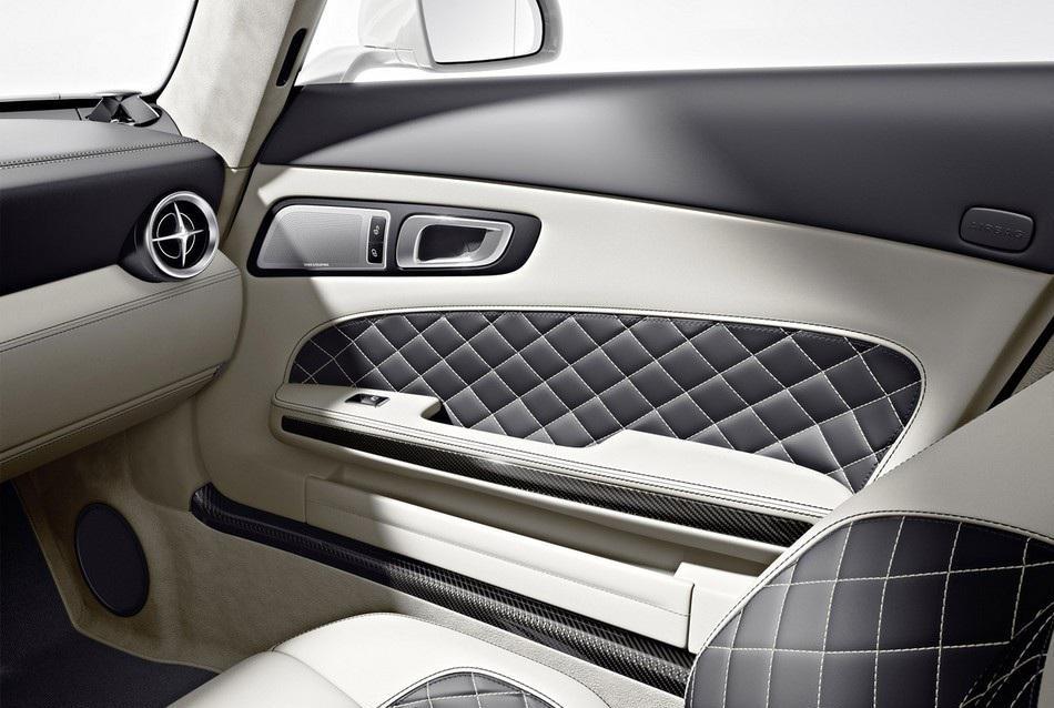 2013 Mercedes-Benz SLS AMG GT (4)