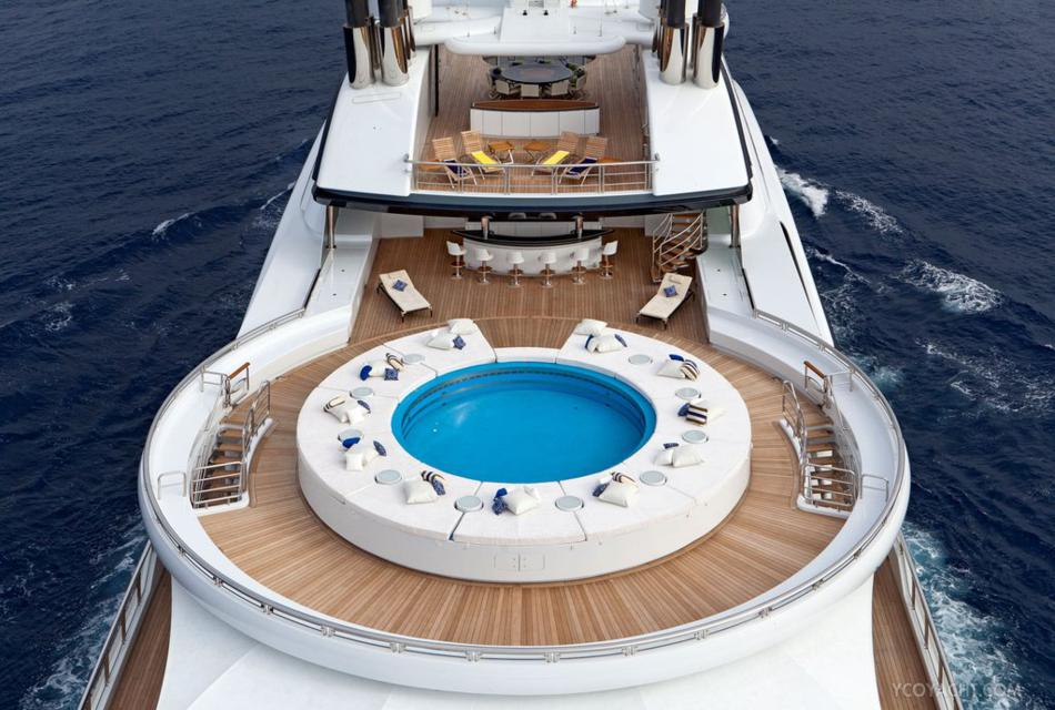 Serene Luxury Yacht (7)