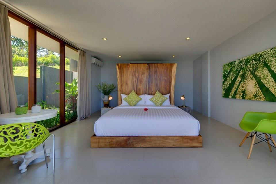Luxury Malimbu Cliff Villa in Indonesia (15)