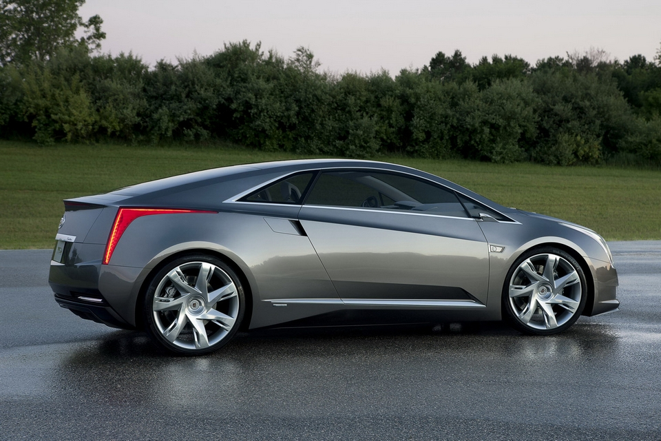 2013 Cadillac ELR Electric Car (1)