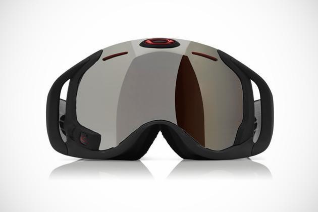 Oakley unveils Airwave ski goggles_pt
