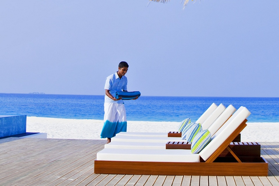 Luxury Velassaru Resort - Maldives (5)