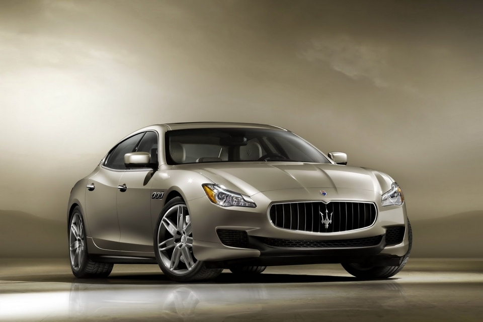2013 Maserati Quattroporte for 2013 Detroit Auto Show (1)