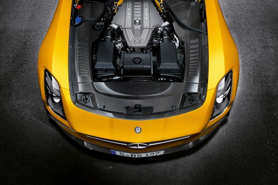 2014 Mercedes-Benz SLS AMG Black Series (7)