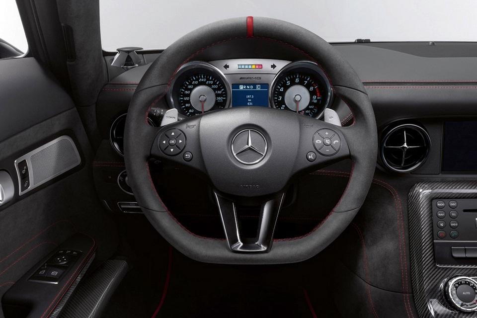 2014 Mercedes-Benz SLS AMG Black Series (6)