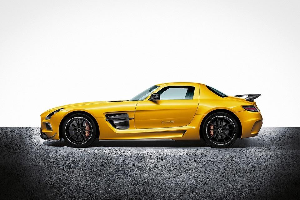 2014 Mercedes-Benz SLS AMG Black Series (5)
