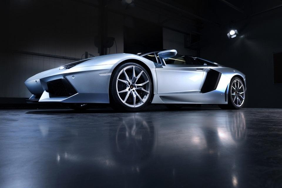 Lamborghini Aventador LP 700-4 Roadster (8)