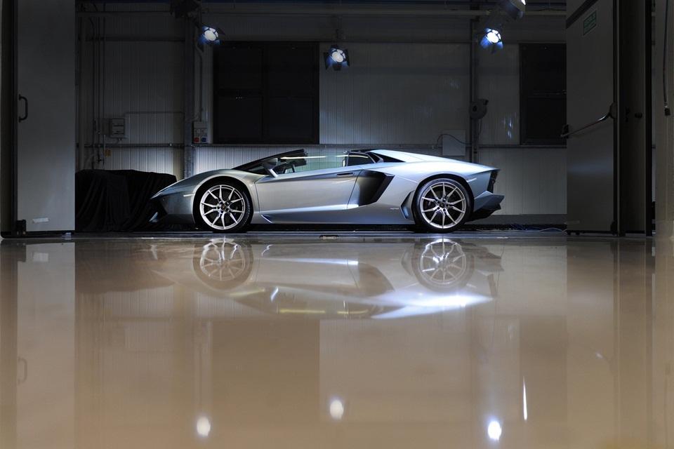 Lamborghini Aventador LP 700-4 Roadster (3)