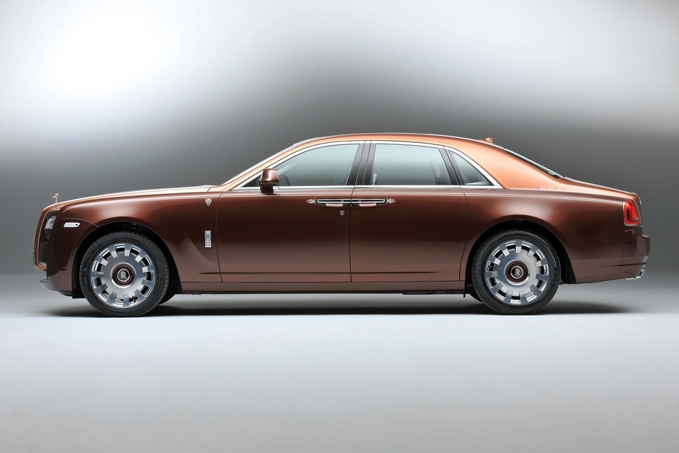 Rolls-Royce One Thousand and One Nights Bespoke Ghost Collection (1)