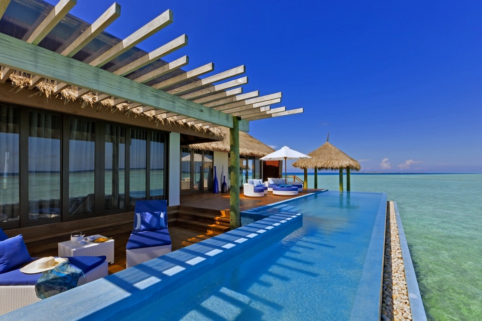 Luxury Velassaru Resort - Maldives (2)