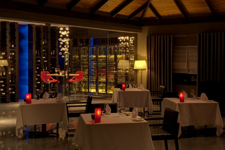 Luxury Velassaru Resort - Maldives (31)