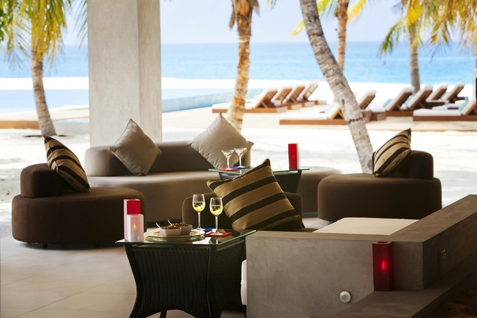 Luxury Velassaru Resort - Maldives (8)