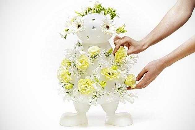 "Creative ""Bloom My Body"" Vase"