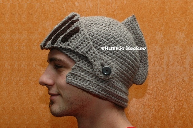 Crocheted Knight Helmet (1)
