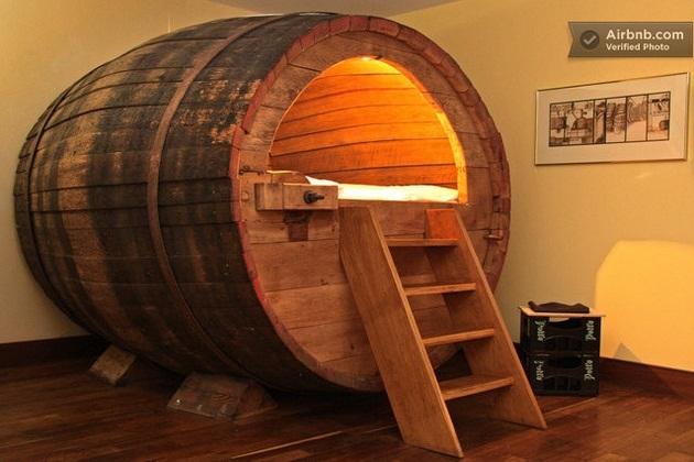 Beer barrel bedroom (8)