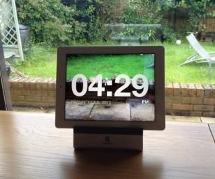 Chameleon Clock App by Netwalk