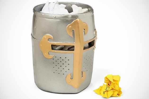Crusaders Great Helm Trash Can