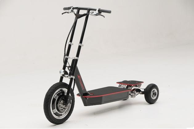 Zuumer Electric - A Scooter that Leans