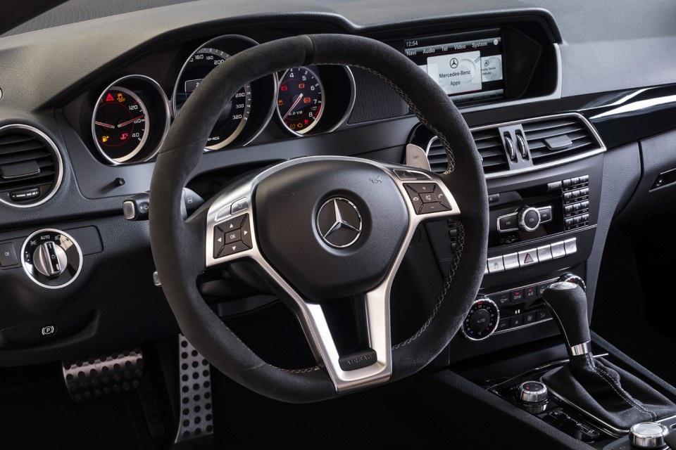 Mercedes-Benz C63 AMG Edition 507 (2)