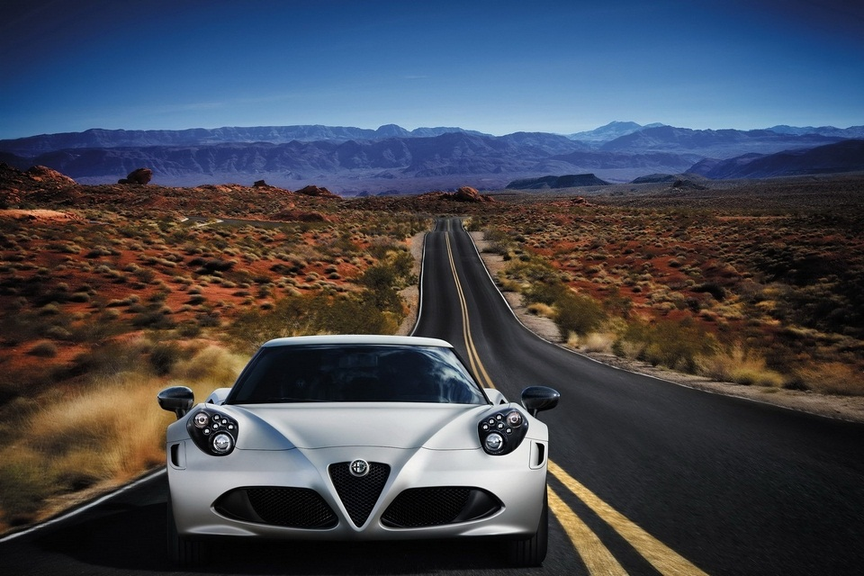 Alfa Romeo 4C Launch Edition (4)