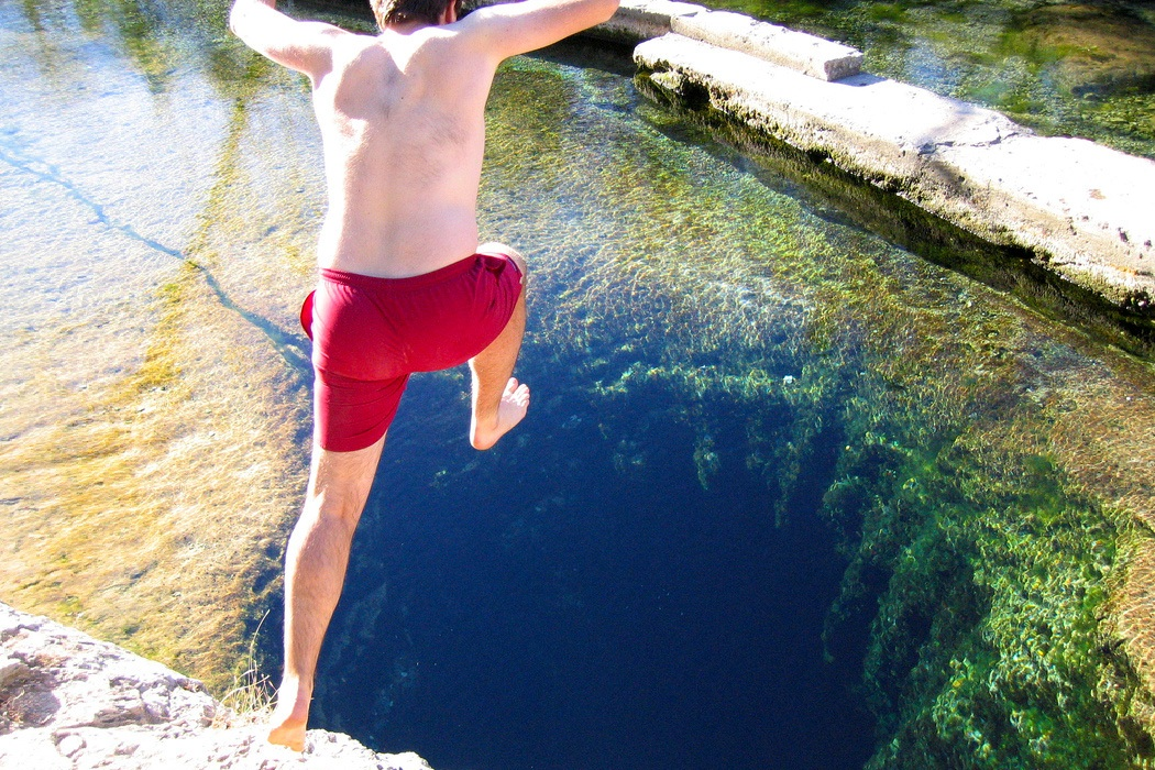 Jacob S Well Most Dangerous Diving Spot In Texas