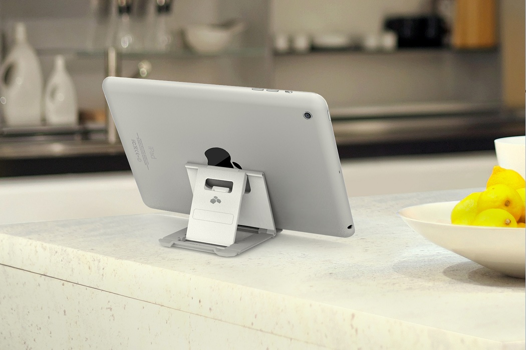 Kanex Foldable Idevice Stand (3)