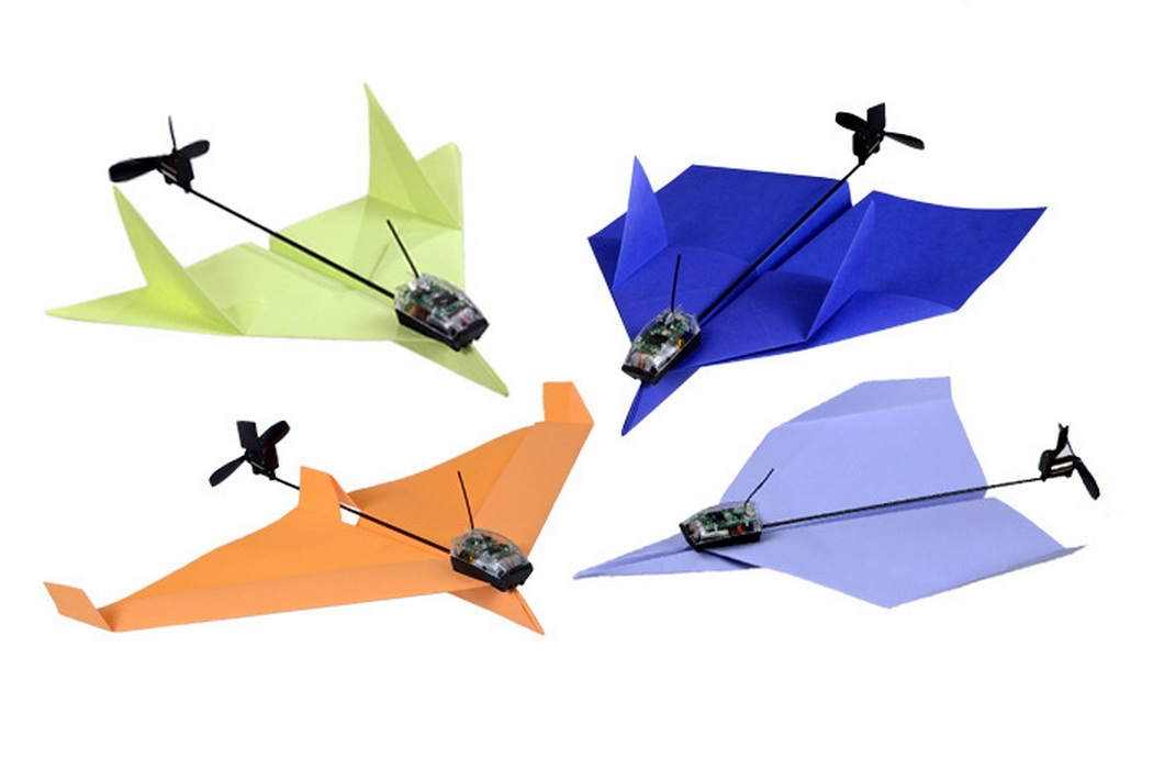 PowerUp 3.0 Smartphone Controlled Paper Airplane (3)