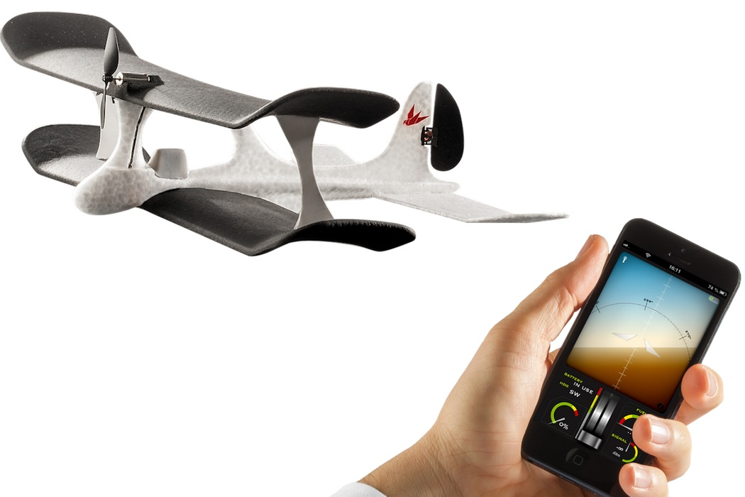 iPhone Controlled SmartPlane