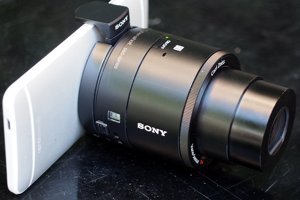 Sony Smartphone Attachable Lens-Style Camera (3)