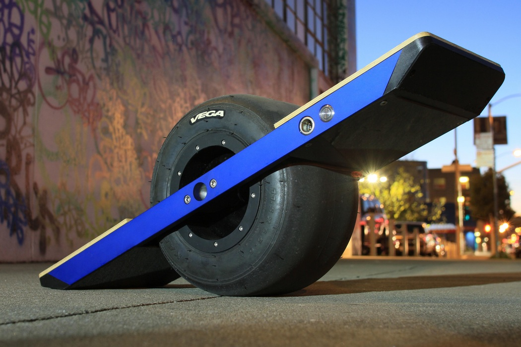 Onewheel Self-Balancing Electric Skateboard (5)