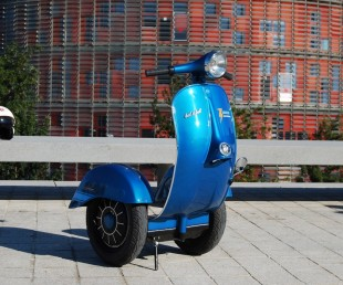 The First Vespa Segway (3)