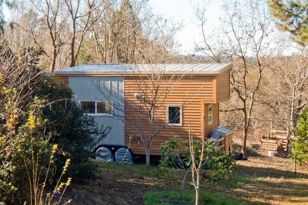 Tiny House On Wheels (4)