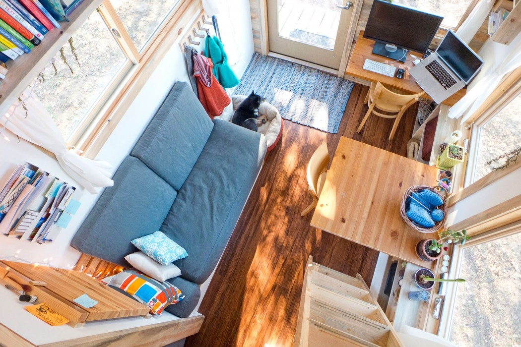 Tiny House On Wheels (6)