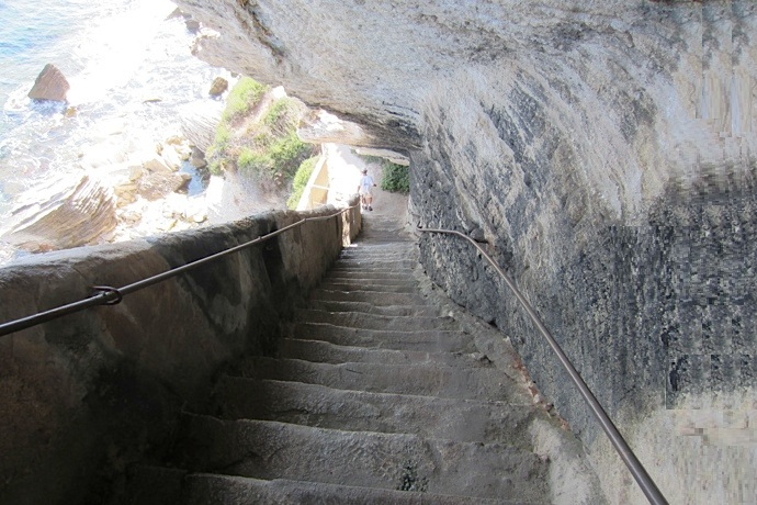 Falling Upwards King Aragons Stairs in France (3)