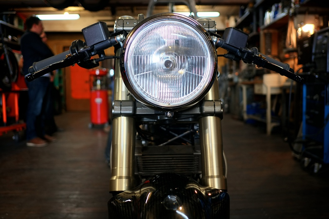 Hazan - Ducati Monster 900