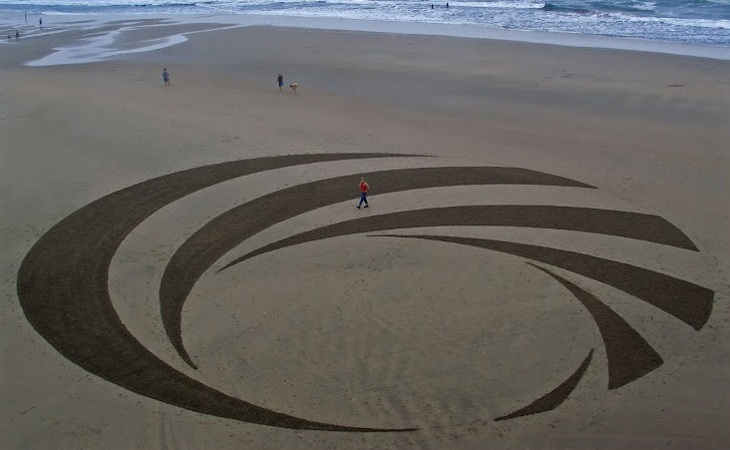 Andres Amodors Mind Blowing Temporary Beach Art