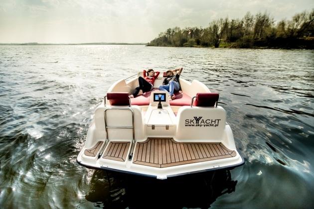 Joystick-Controlled Electric Joyboat (1)
