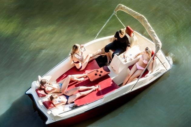 Joystick-Controlled Electric Joyboat (3)