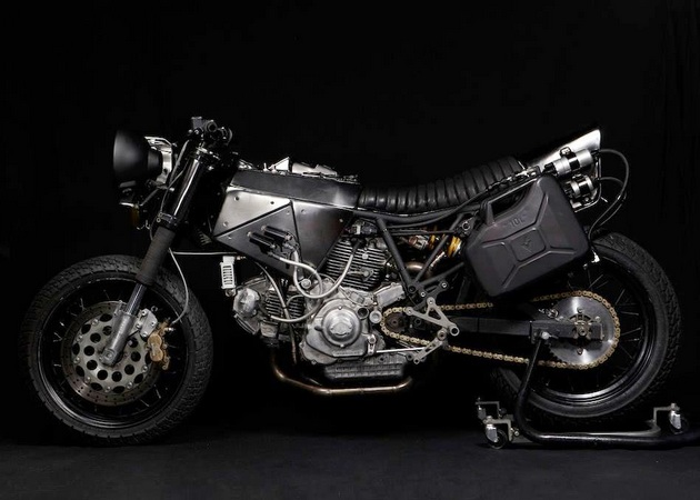 El Solitario - 1993 Ducati 900SS Petardo