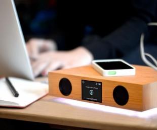 Glowdeck A Cool Kickstarter Thing with Dozen Features