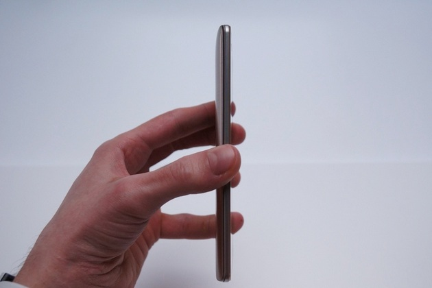 LG G3 Is Bigger Simpler Overpowered Higher Res Smartphone