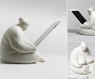 Venus of Cupertino – iPad Docking Station