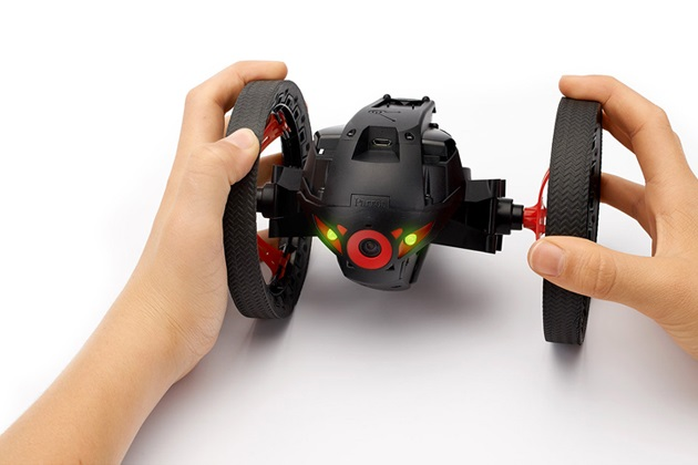 Parrot MiniDrone Jumping Sumo (1)